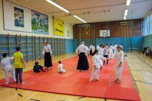 Kinder Osterfeier - Aikido Kindertraining Linz 2017: Kinder beim Aikidotraining
